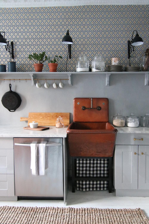 A mini kitchen makeover megan pflug designs - Kitchen wow mini makeovers ...